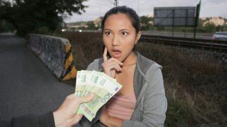 Asi Sürtük Para Teklifini Görünce Ağzı Açık Kaldı