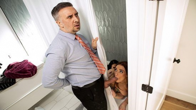 Sinsi Karısının Şüpheli Hareketlerine Anlam Veremiyor